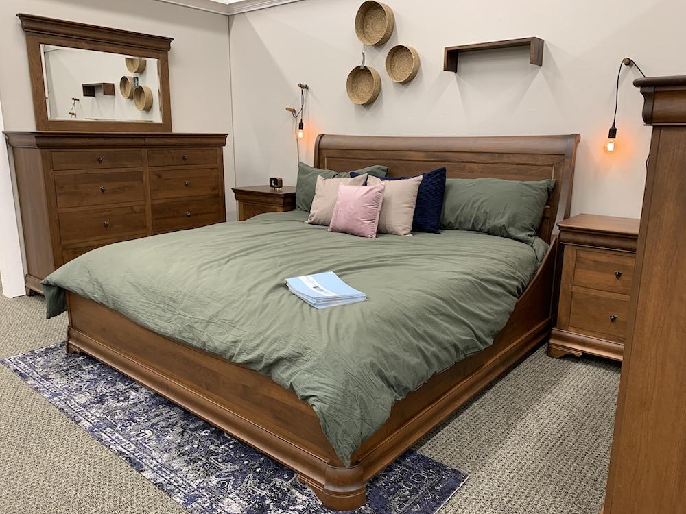 Display Versailles Bedroom Set - Millers Dutch Haus Furniture
